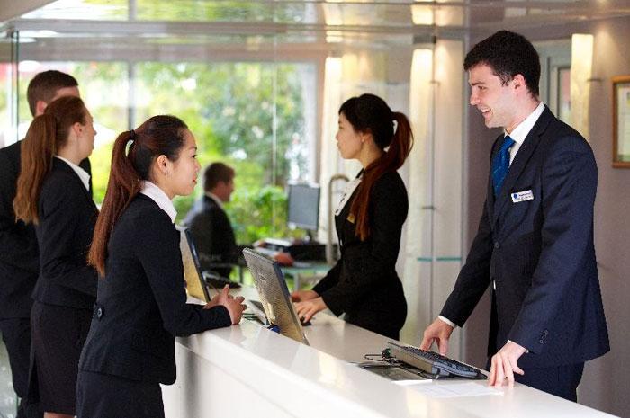 контроль сотрудников сферы услуг