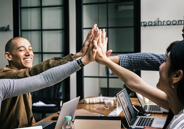 повысить продуктивность работы сотрудников